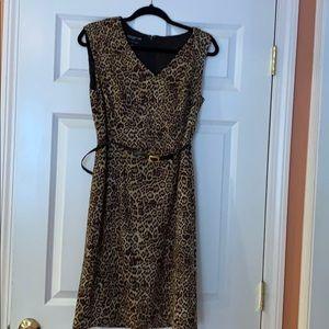 Animal .print dress.